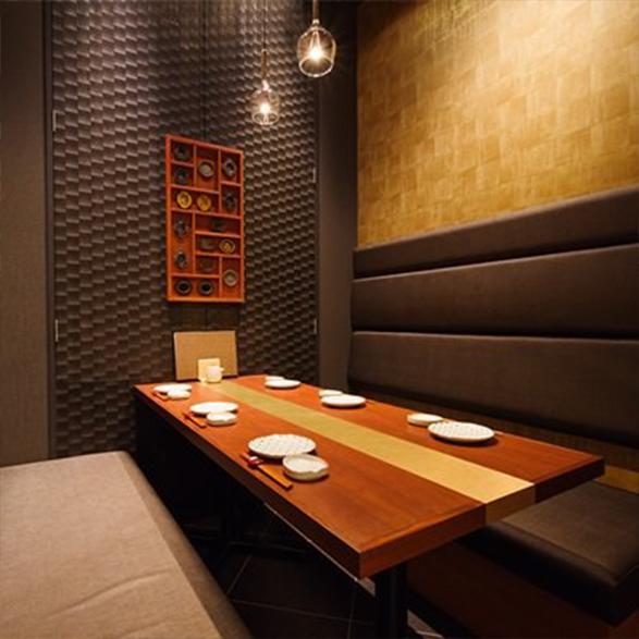 ★接待・会食向き個室★<br>☆店内奥にある唯一のテーブル個室☆<br>★6名様まで★